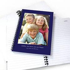 人像照蓝色背景 笔记本