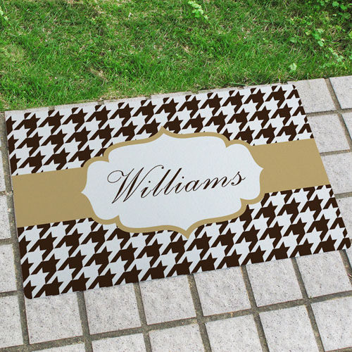 Hounds Tooth Personalized Name Door Mat